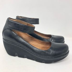Clarks Artisan Clarene Tide Leather Mary Janes